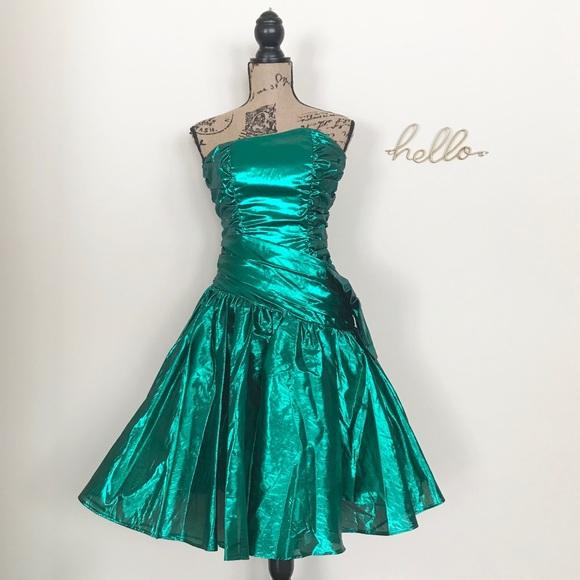 82d324a5b38 Metallic 80s Prom Dress. M 5c3f918b819e908c050b801d